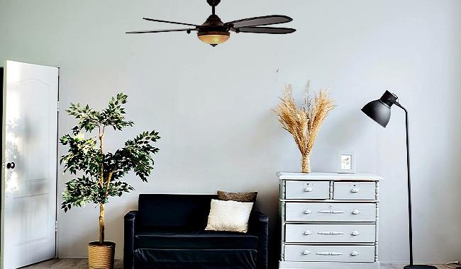 Hampton Bay Victoria 70 inch Ceiling Fan in Bedroom
